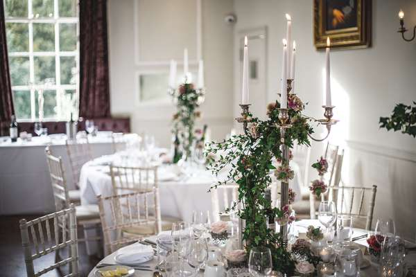Relaxed wedding photography at Belair House, London